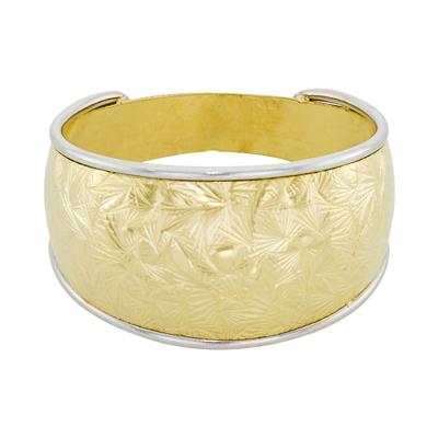 Anillo en oro amarillo de 18 Kilates visos, 10.5 milímetros de ancho